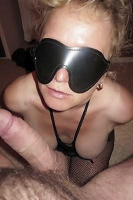 Femme esclave offerte par mari pour humiliation et BDSM
