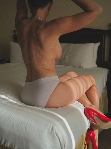 Le sexe adultère est très excitant pour une femme mariée